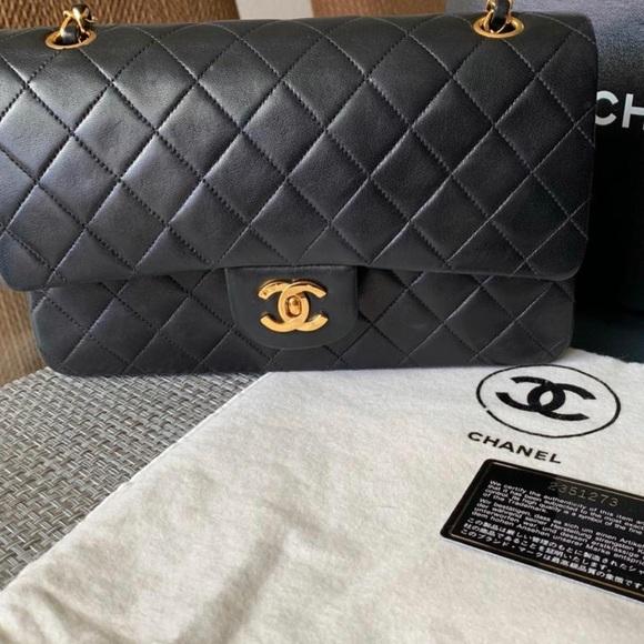 d5f5b7e9551d CHANEL Handbags - Chanel Vintage Medium Classic Double Flap Lambskin